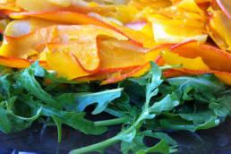 closeup græskar salat