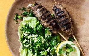 Kebab med blomkåls-'couscous'
